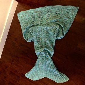 Accessories - Mermaid tail blanket